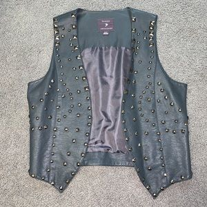 Forever 21 Size Small Leather Vest